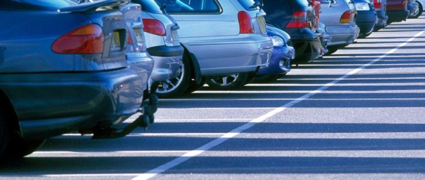 Utiliser une place de parking avant un vol